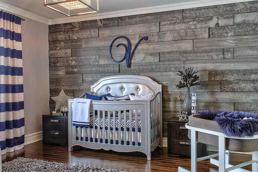 Chambre de bébé. Mur de bois Impex Chrome